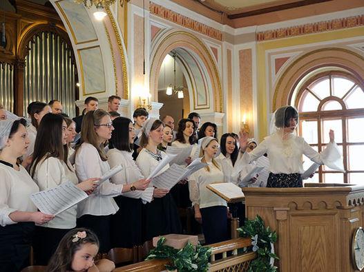 Фоторепортаж о праздновании Пасхи в Московской центральной церкви ЕХБ
